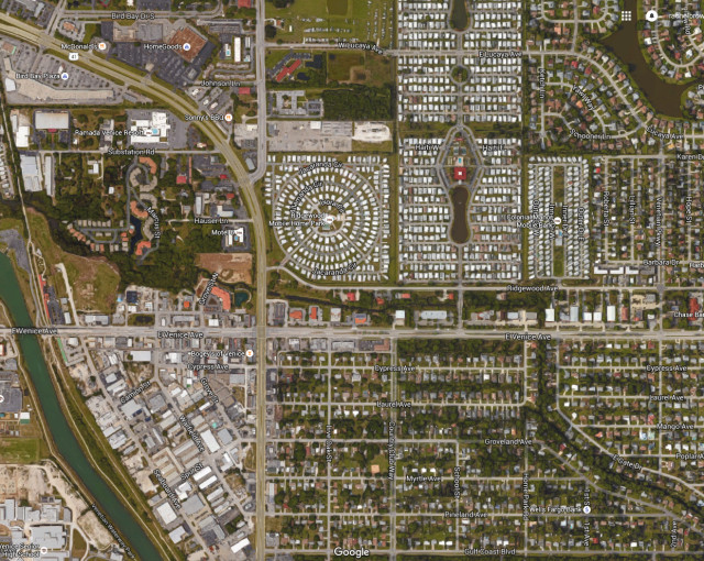 A satellite view shows U.S. 41 in Venice from Gulf Coast Boulevard (lower right) to Bird Bay (upper left). Image from Google Maps