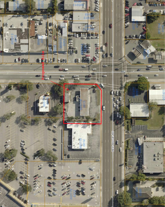 County Zoning Administrator Donna Thompson has issued a Temporary Use Permit to allow a food truck to operate on the site of a Bee Ridge Road service station. Image courtesy Sarasota County