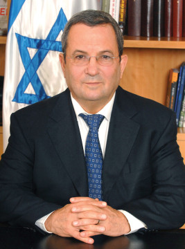 Former Israeli Prime Minister Barak to speak at community event Ehud Barak. פורטרט, שר הביטחון אהוד ברק. Contributed photo