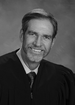 Judge Andrew Owens Jr. Image from the 12th Judicial Circuit website