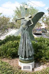 The Butterfly Lady by August Moreau stands at Palm and Cocoanut avenues. Image courtesy City of Sarasota
