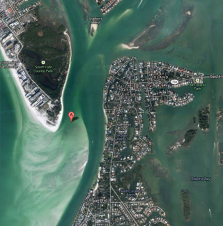Big Sarasota Pass is the channel between Lido Key to the north and Siesta Key to the south. Image from Google Maps