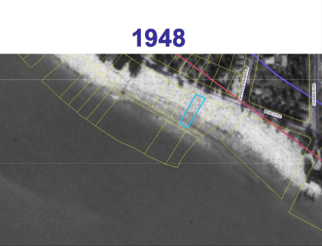 A 1948 aerial view shows the 162 Beach Road parcel outlined in blue. Image courtesy Sarasota County