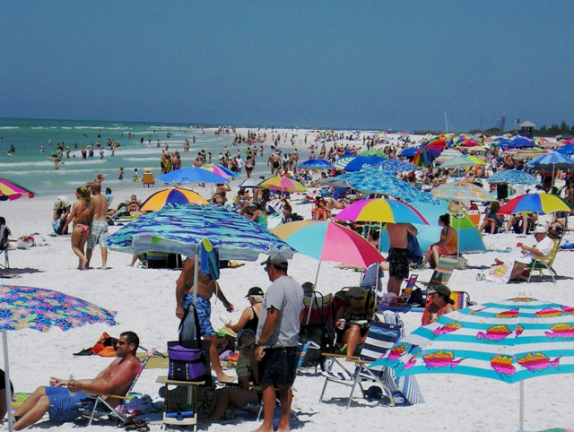 Siesta Public Beach is open, but people are advised to stay out of the water. News Leader archive