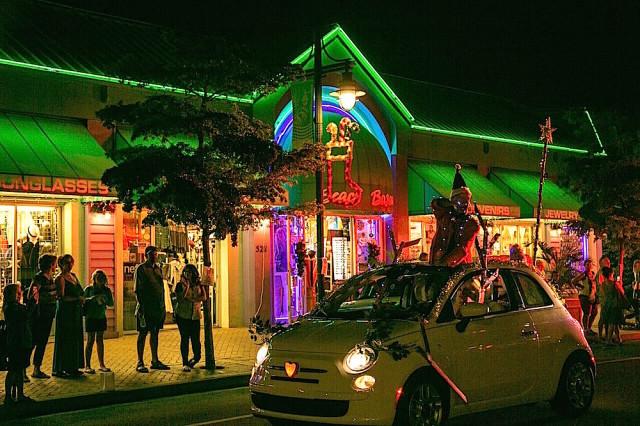Light Up Village 2015 6 Peter