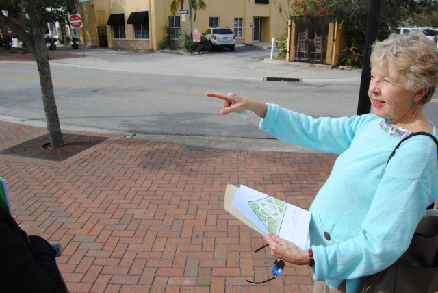 Jude Levy of Save Our Sarasota points to the strip of land the City Commission has agreed to sell. Roger Drouin photo