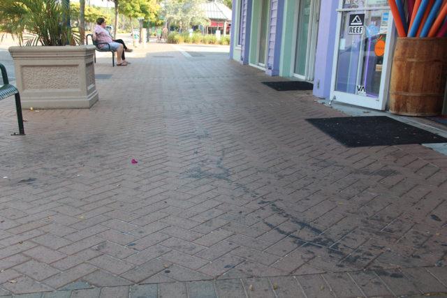 A similar streak was obvious outside Beach Bazaar on May 3. Rachel Hackney photo