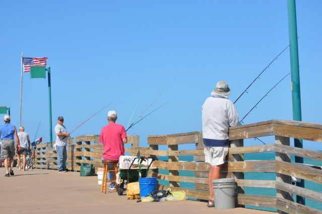 Venice Beach has a number of amenities, including a fishing pier. Image courtesy Sarasota County