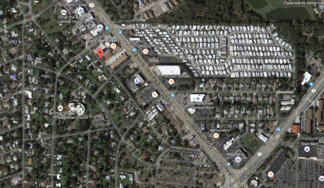An aerial view shows Brentwood and Crestwood avenues near the project site and U.S. 41. Image from Google Maps